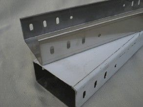 高品质槽式电缆桥架