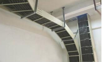热销梯级式电缆桥架